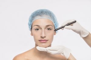 Wolumetria twarzy kwasem hialuronowym