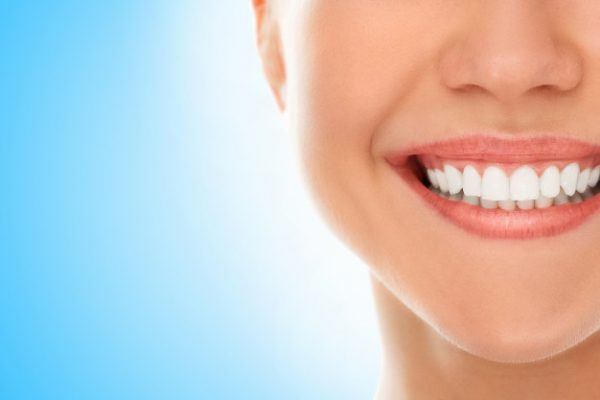 dentist-with-smile_144627-891