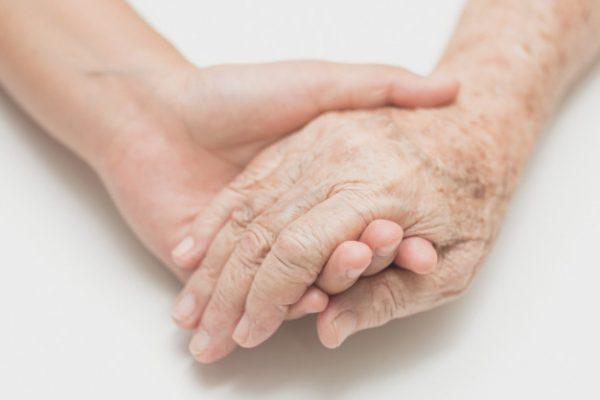 mezoterapia igłowa dłoni